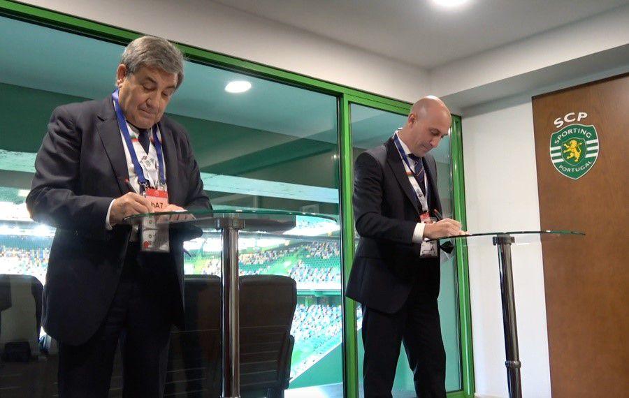 Luis Rubiales y Fernando Gomes ratificaron la candidatura de la sede conjunta de España y Portugal para el Mundial 2030