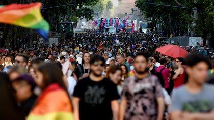 Una escena que muestra la masividad que tiene ahora la marcha del Orgullo Gay en Buenos Aires (Foto: Nicolas Stulberg)