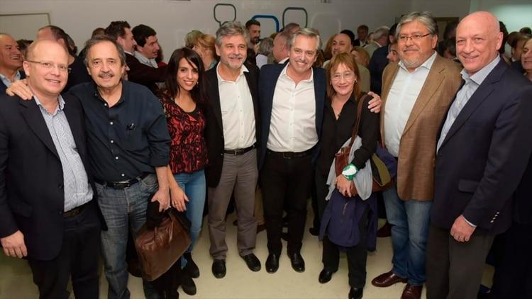 La reunión de Alberto Fernández con Ricardo Alfonsín, Victoria Donda y los socialistas Bonfatti y Lifschitz es una muestra de la antigrieta
