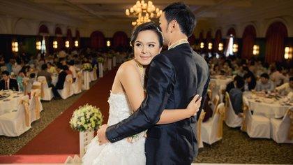 Las restricciones a las bodas serían levantadas a partir de junio.