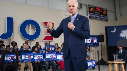 En la imagen, el virtual candidato demócrata a la Presidencia de EE.UU., Joe Biden. EFE/Jim Lo Scalzo/Archivo