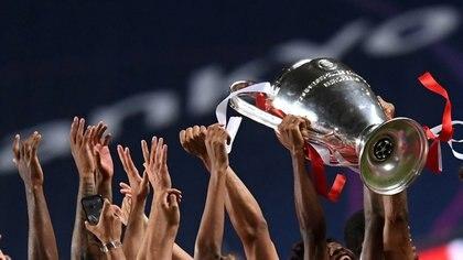La UEFA lanzó el nuevo formato de la Champions League en medio de las polémicas por la creación de la Superliga