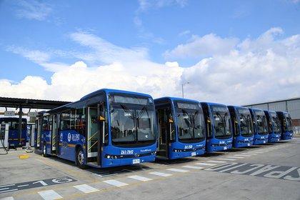 Los buses antiguos están siendo reemplazados por vehículos Euro VI y eléctricos.