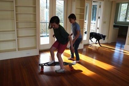 Las cintas para correr son un peligro para los niños. To match SPECIAL REPORT HEALTH-CORONAVIRUS/STUDENTS REUTERS/Ilana Panich-Linsman