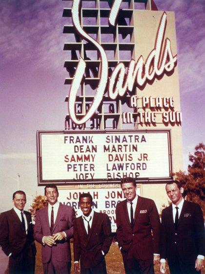 Frank Sinatra, Sammy Davis Jr, Dean Martin, Peter Lawford y Joey Bishop (Grosby Group)