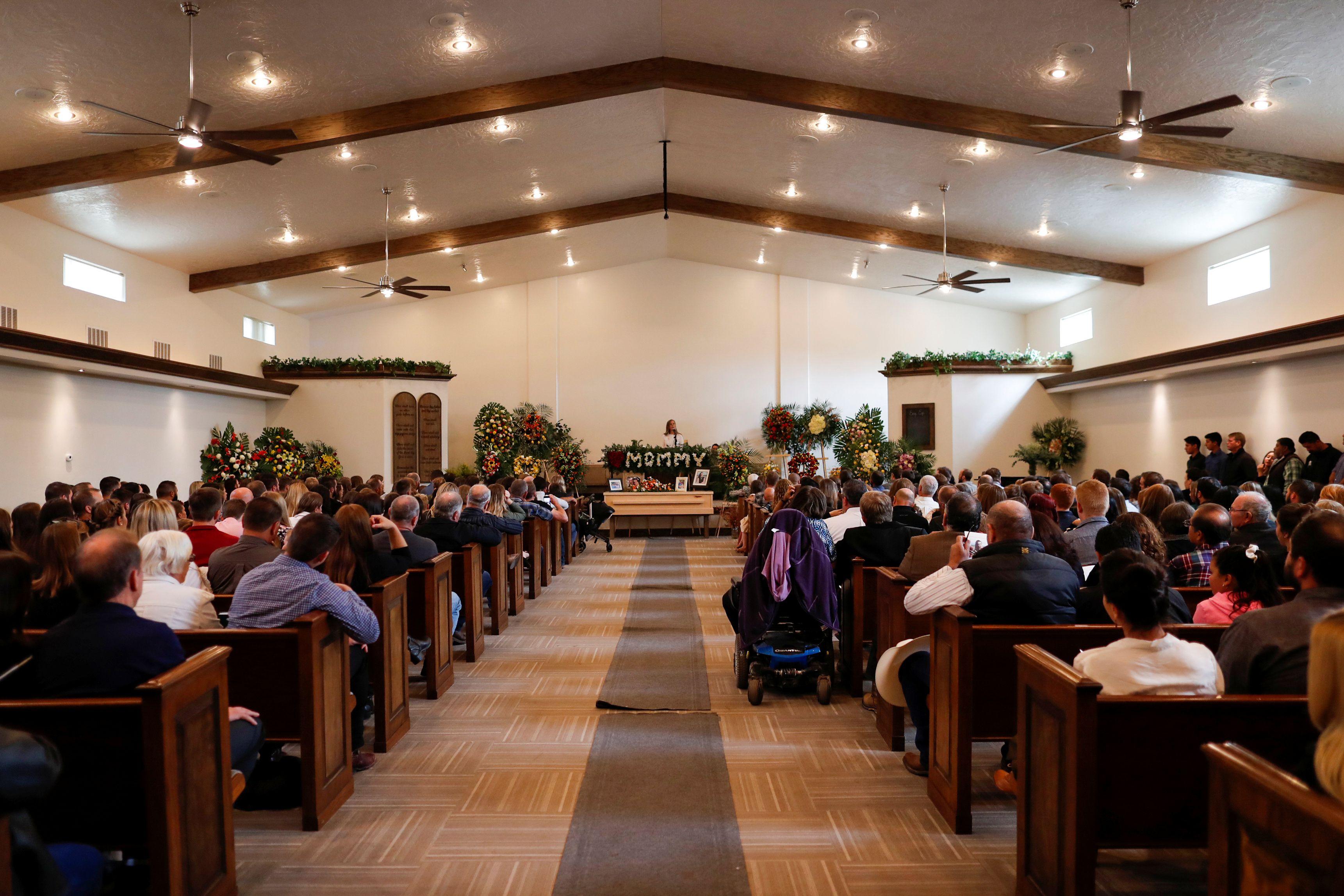 Funerales de Christina Marie Langford Johnson, una de las víctimas del ataque en Bavispe, Sonora (Foto: REUTERS/Carlos Jasso)
