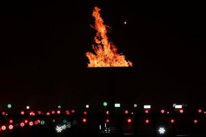 "La llama de la esperanza representa ""el perfil social de la lucha por la independencia"" (Foto: Reuters /Henry Romero)"