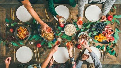 Mesa navideña (Shutterstock)