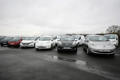Automóviles eléctricos a la venta en el Reino Unido. A partir de 2030, serán la única opción.