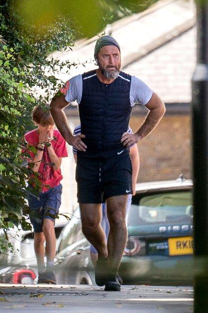 A los 47 años, Jude Law se mantiene en forma saliendo a correr. El popular actor acaba de confirmar el nacimiento de su sexto hijo, fruto de su relación con su esposa, Phillipa Coan (Foto: Mega/The Grosby Group)