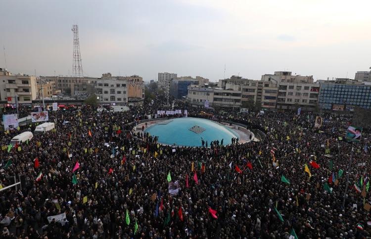 Manifestantes asisten a una protesta en Teherán (Reuters)