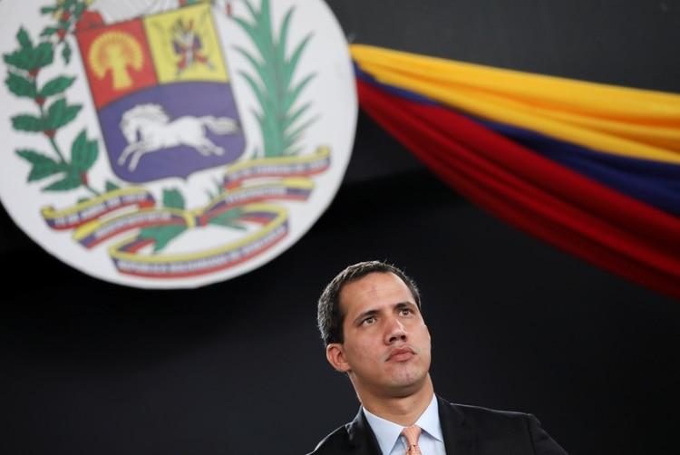 Brito, Parra y Pérez, quienes están acusados de corrupción y de aliarse a la dictadura chavista, participaron del golpe parlamentario a Guaidó el 5 de enero (REUTERS/Manaure Quintero)