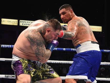 From that moment, Arreola took control of the match and remained that way until the fifth round (Photo: Twitter @ BoxingInsider)