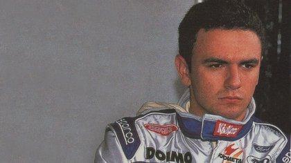 Esteban completó cinco de las 16 carreras de F1 en 1998 (Archivo CORSA).