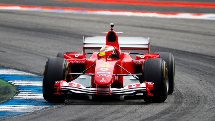 Mick (Hijo) dio una vuelta por el circuito de Alemania con el auto de su padre: el Ferrari F2004