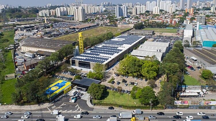 El imponente edificio de Mercado Libre en San Pablo, Brasil