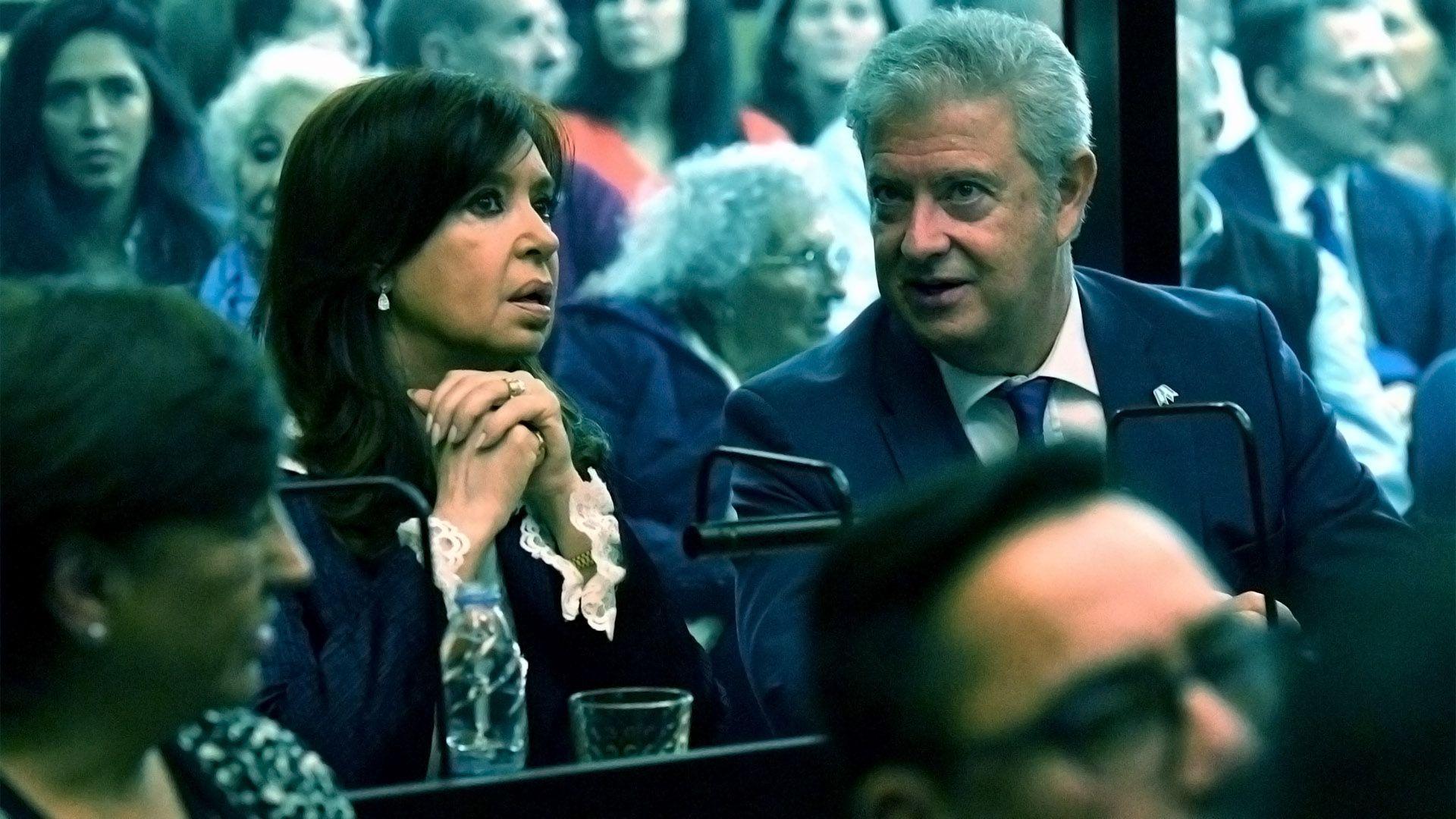 Cristina Kichner en una de las audiencias del juicio oral (Télam)
