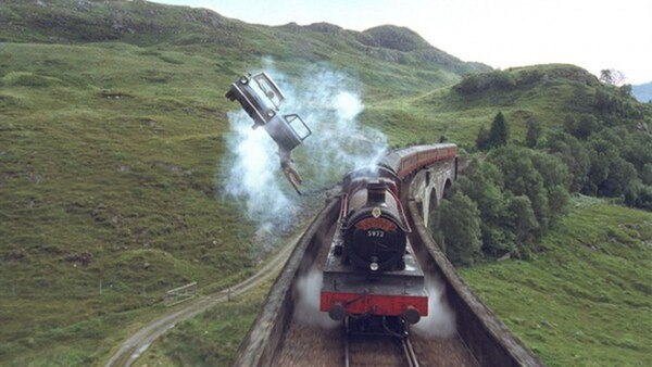 Durante toda la saga de Harry Potter, en una u otra escena, aparece el clásico tren que lleva a los alumnos a Howarts, la escuela de magia