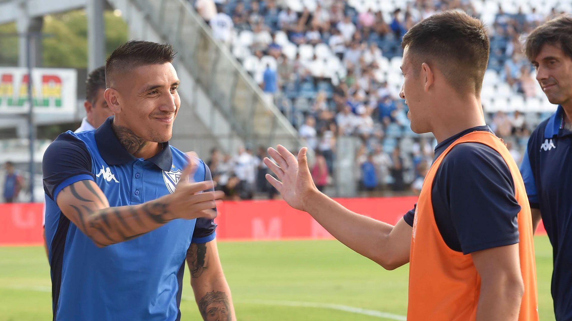 El préstamo de Ricardo Centurión en Vélez está a punto de culminar y deberá regresar a Racing, el club dueño de su ficha (Foto Baires)
