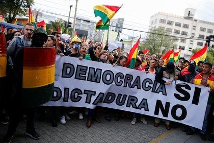 Protestas contra Evo Morales en La Paz este 8 de noviembre (REUTERS/David Mercado)