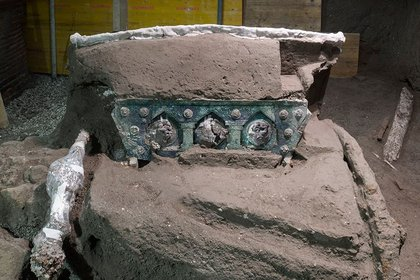 The Roman chariot found in the ruins of Pompeii