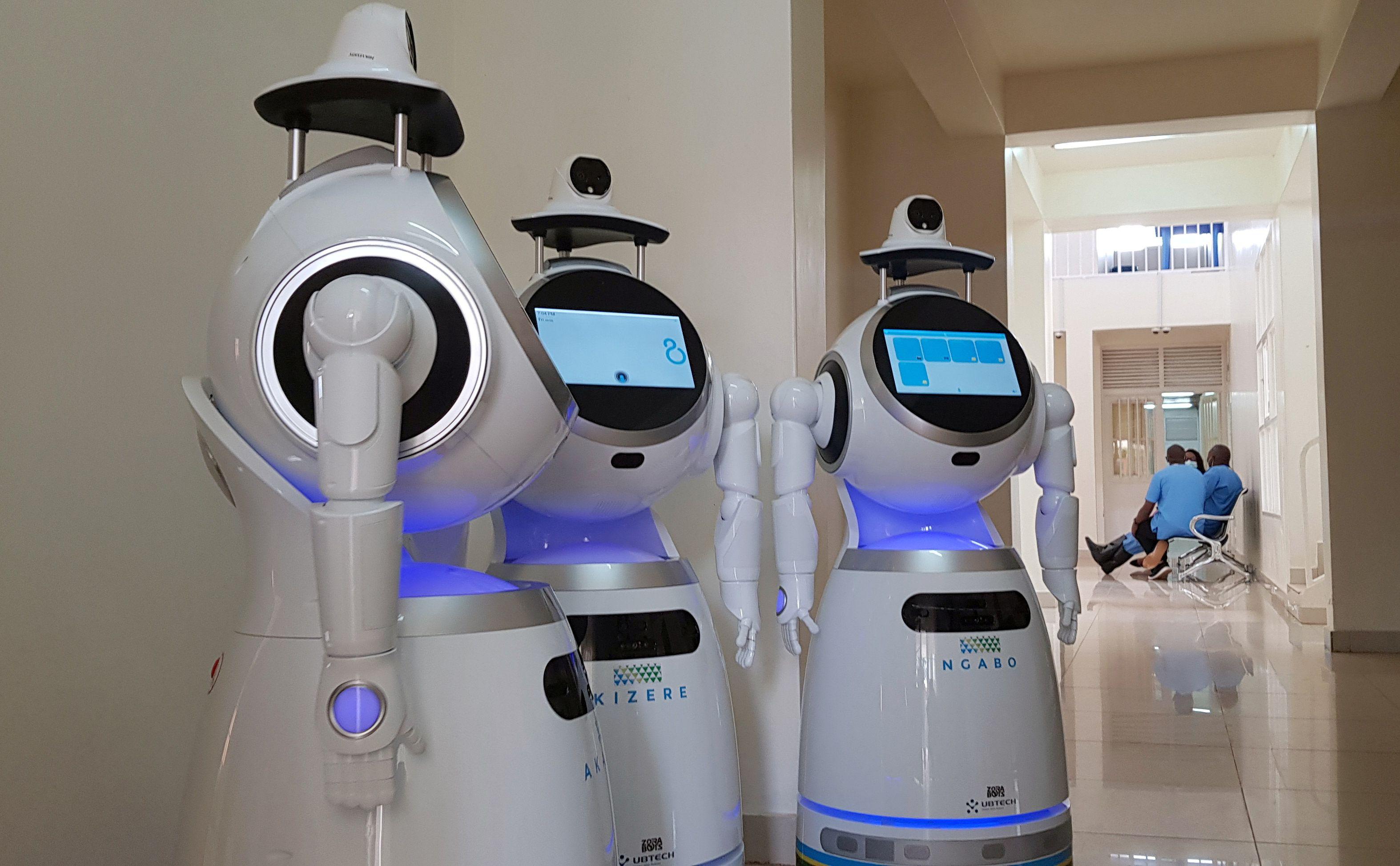 "El despliegue de ocho ""robots médicos"" ha jugado un papel novedoso (REUTERS/Clement Uwiringiyimana)"