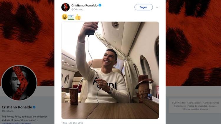 El polémico tuit de Cristiano Ronaldo arriba de su avión privado