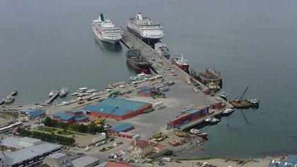 El puerto de Ushuaia no tiene capacidad para albergar el tráfico marítimo entre noviembre y abril