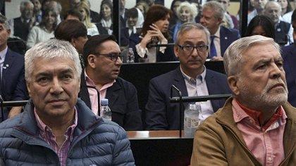 Báez y De Vido, otros dos acusados del caso (Photo by JUAN MABROMATA / AFP)
