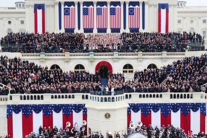 La asunción de Donald Trump, en 2016, con un marco muy diferente al que tendrá la de Joe Biden