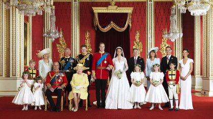 Foto oficial de Isabel II en la boda de William y Kate Middleton el 29 de abril de 2011