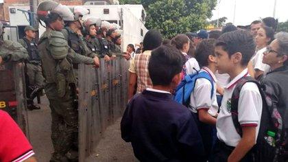 Niños venezolanos que estudian en escuelas colombianas