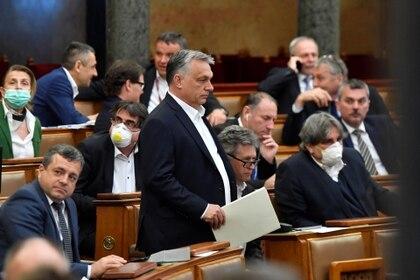 Los pesimistas señalan el caso de Viktor Orban en Hungría: su discurso xenófobo asoció inmigración y COVID-19, y en la coyuntura procuró poderes especiales para su  Gobierno (MTI Zoltan Mathe/ Pool vía Reuters)