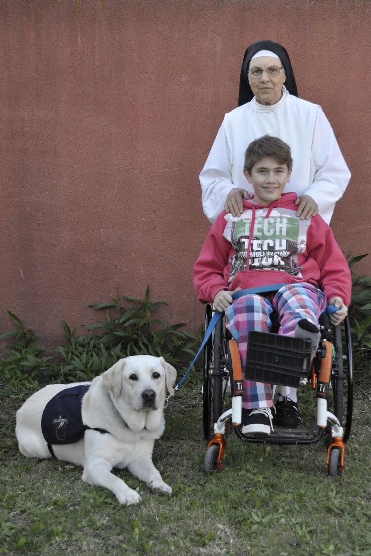 Pauline, Mati y Tango: cuando la monja los vio interactuar se convenció de que tenían que estar juntos