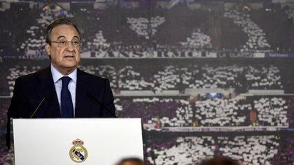 Florentino Pérez quiere cumplir su anhelo de llevar al Real Madrid al delantero de Brasil (AFP JAVIER SORIANO)