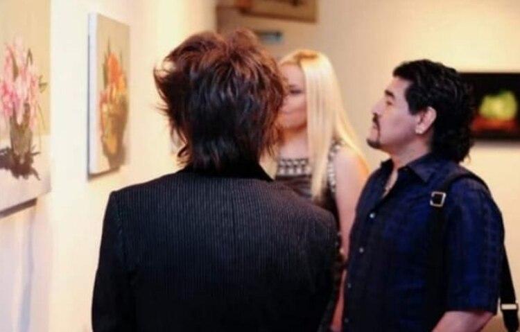 Maradona visito una exposición de Axel Caniggia (Instagram)
