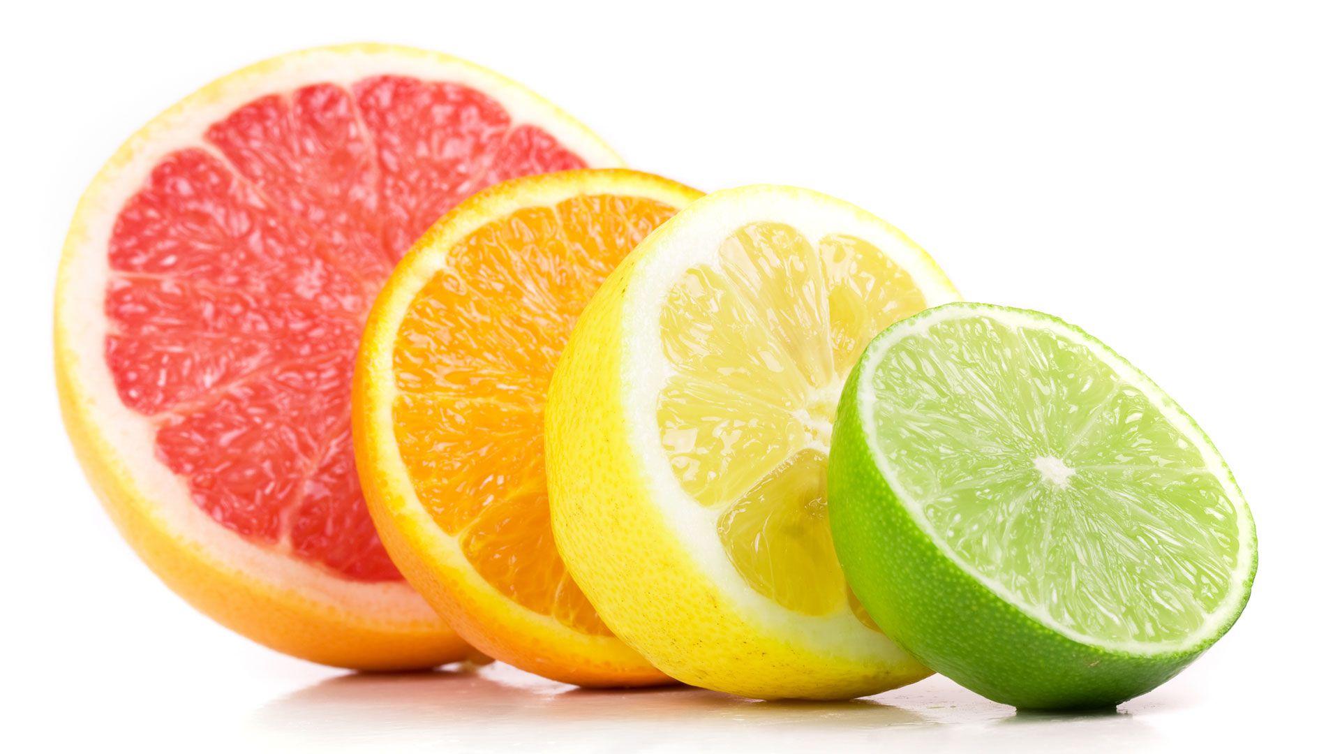 Las mejores fuentes de vitamina C son: las frutas y verduras, especialmente los cítricos