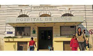 Los 25 médicos y enfermeros contagiados de Covid en el Hospital Gutiérrez tenían las dos dosis de la Sputnik V: cómo se explica esto