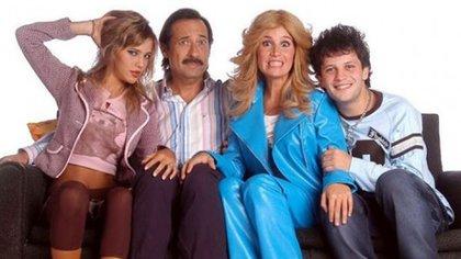 Protagonizó Casados con Hijos, adaptación de la exitosísima sitcom norteamericana, junto a Florencia Peña, y los hermanos Darío y Luisana Lopilato