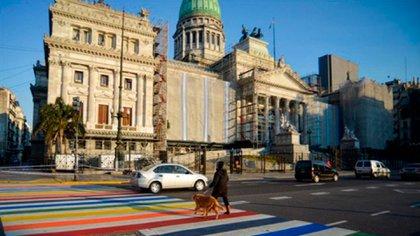 La Secretaría de Transporte de la Ciudad, a cargo de Juan José Méndez, se sumó con una intervención de las sendas peatonales