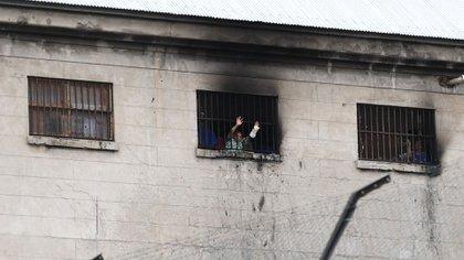 Los presos de Devoto protagonizaron un motín con la excusa del coronavirus (Maximiliano Luna)