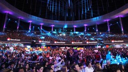La Quinta Vergara se colma con miles de fanáticos cada noche del festival