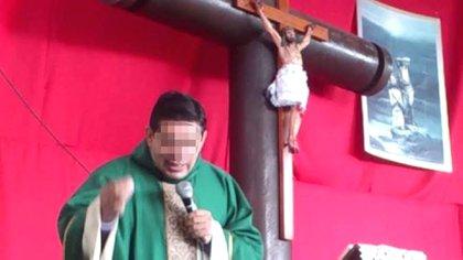 Padre Francisco Javier, encargado de la Iglesia Cristo Salvador (Foto: Especial)