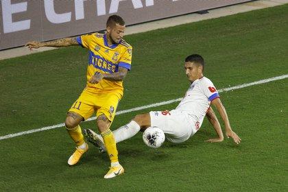 """El uruguayo Nicolás """"Diente"""" López está aislado tras haber dado positivo a la prueba de COVID-19 (Foto: Reinhold Matay/ USA TODAY Sports)"""