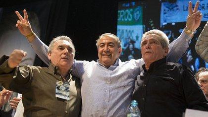Juan Carlos Schmid, Hector Daer y Carlos Acuña, el último triunvirato elegido en 2016 para conducir la CGT