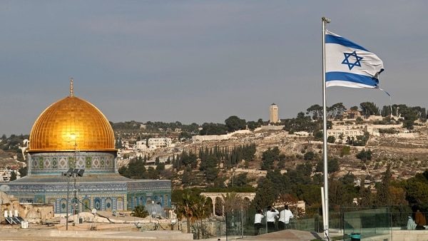El reconcimiento de Jerusalén como capital de Israel de parte de Estados Unidos provocó alegría entre los israelíes y rechazo entre los palestinos (AFP)