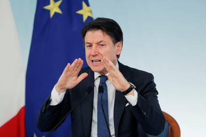 Italian Prime Minister Giuseppe Conte speaks during a news conference due to coronavirus spread, in Rome, Italy March 11, 2020. REUTERS/Remo Casilli