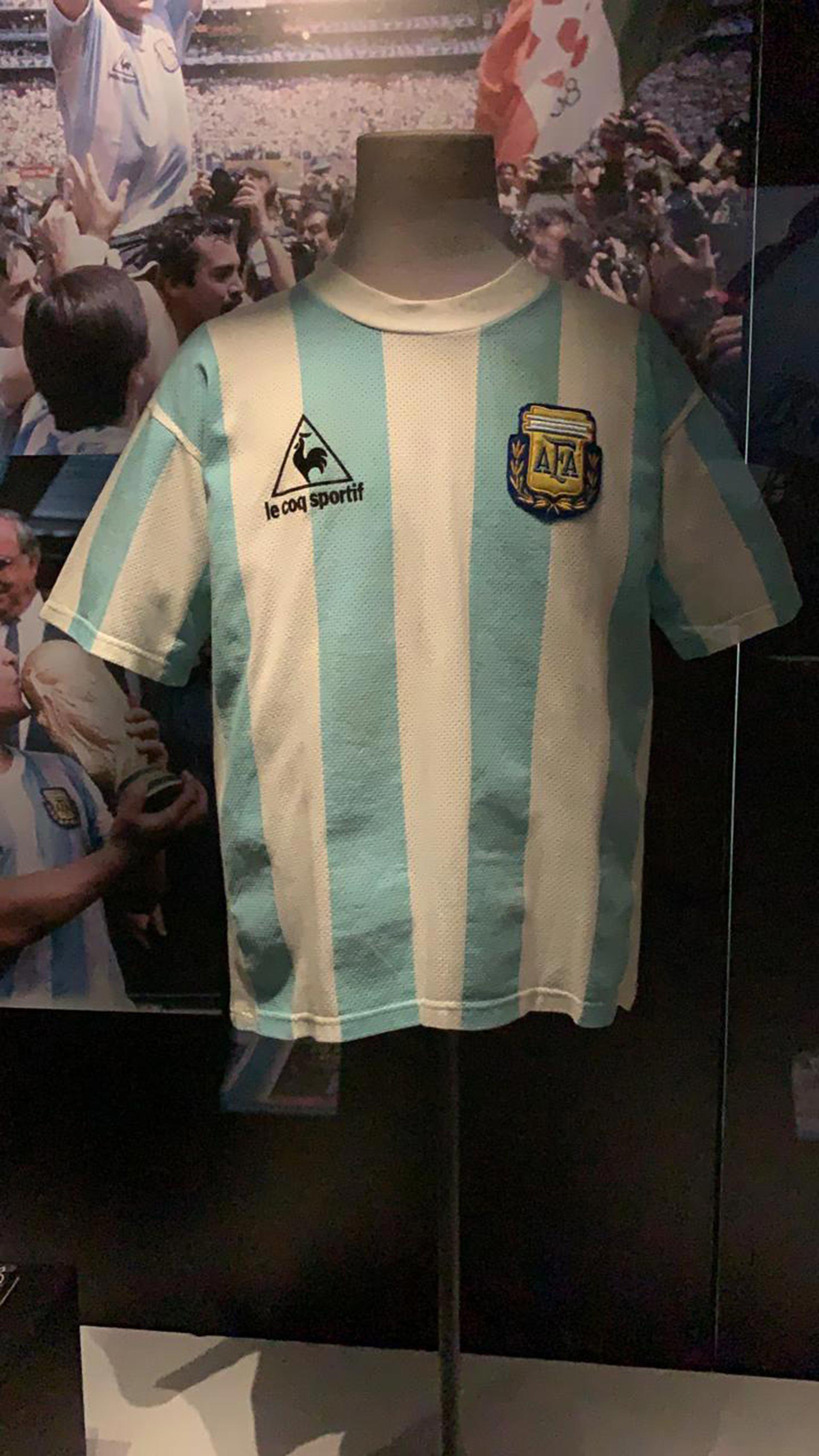 Muestra Maradona en Chile