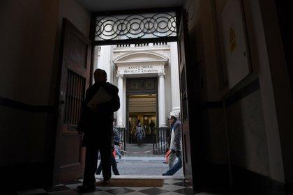 Las exportadoras tendrán que liquidar sus divisas según los plazos del BCRA (Maximiliano Luna)