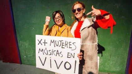 Mavi Díaz junto a Celsa Mel Gowland (Foto: Ignacio Sánchez)